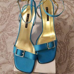 NWT 9 West Turquoise Rhinestone Heels 9.5
